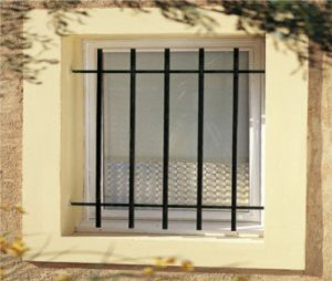 Grille de d fense pour fen tre s curit optimale fen tre01 for Grille de defense pour fenetre